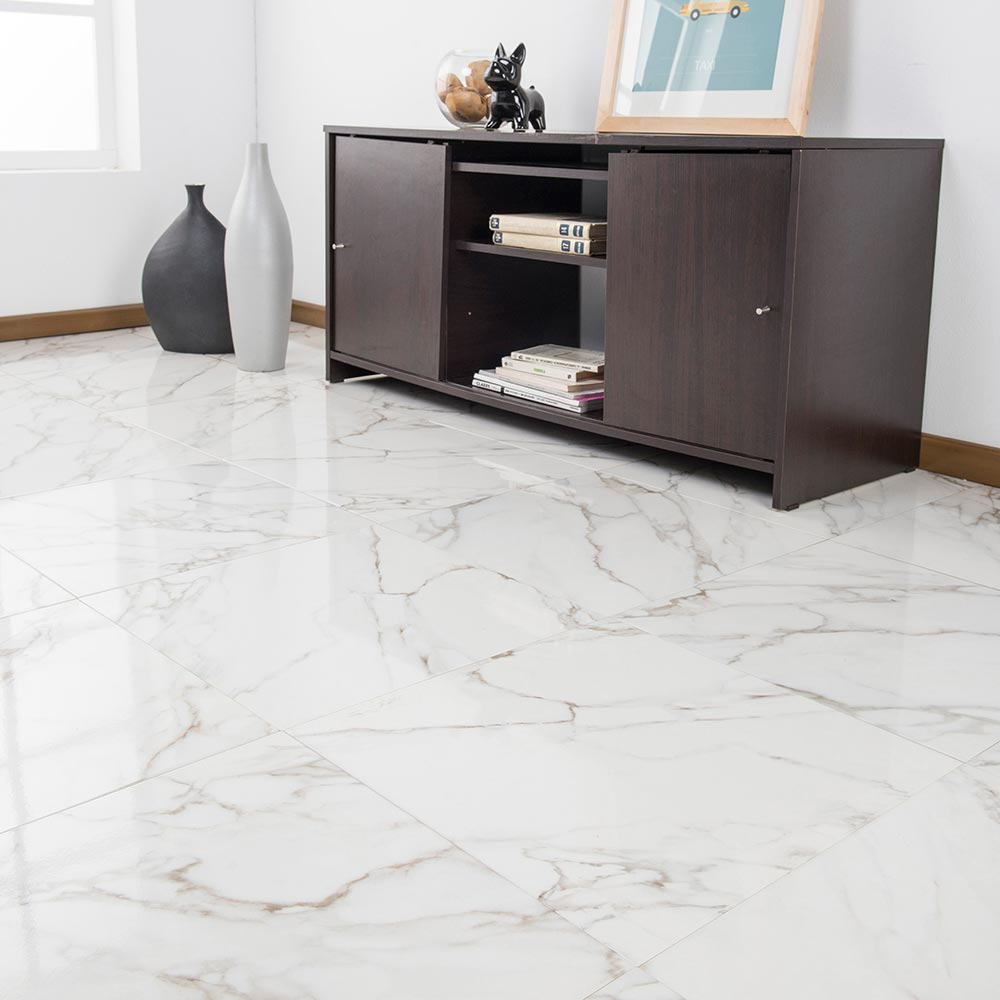 Piso cer mico marmolizado macael blanco 45x45 cm caja 2 for Tipos de ceramicas para pisos interiores